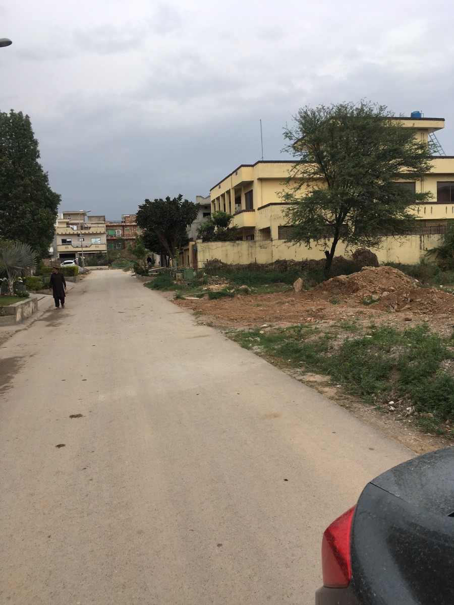 Plot for Sale in G-14 Islamabad